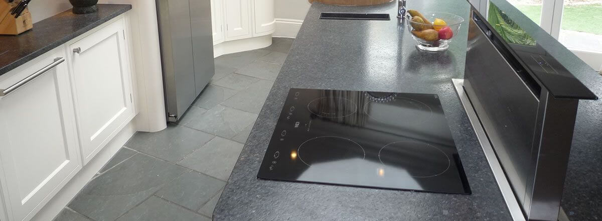 expert hob and extractor cleaning in Harrow